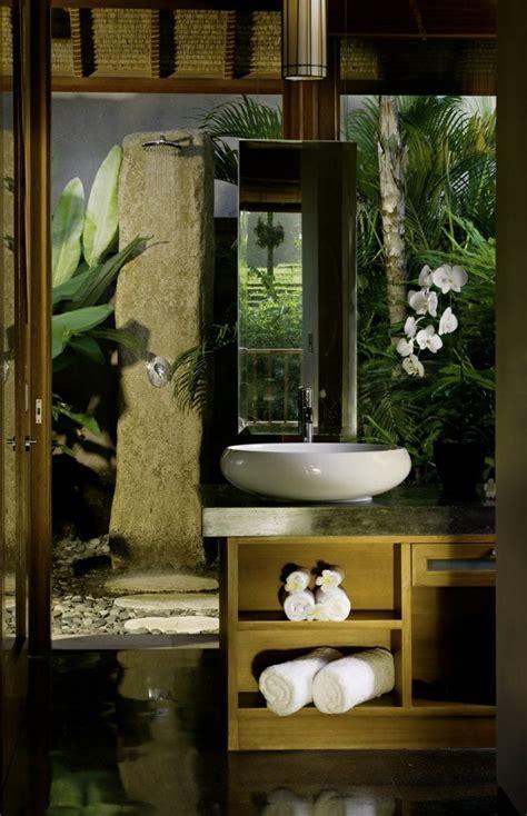 Meuble Etagere Cuisine #9: 1-salle-de-bain-exotique-meuble-salle-de-bain-alinea-quels-meubles-pour-la-salle-de-bain.jpg
