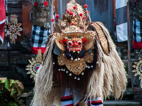 Barong Indonesia barong and kris batuan bali indonesia sonya and