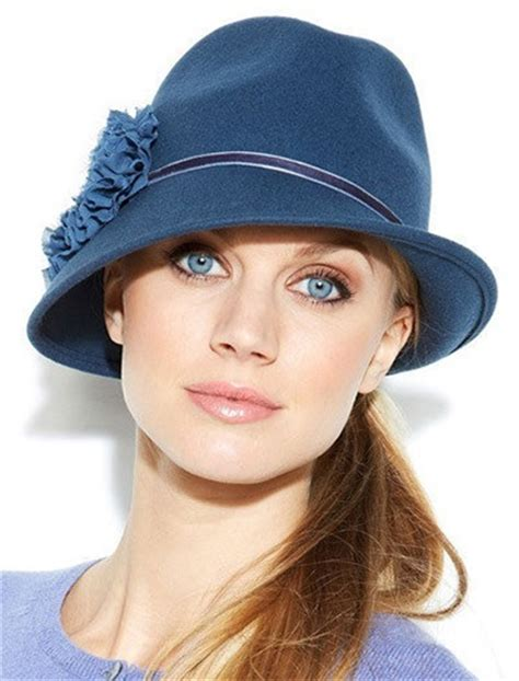 style it up this winter learn how to wear a fedora hat in