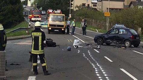 Motorradunfall Nrw by Wuppertaler Motorradfahrer 52 Stirbt Nach Unfall In