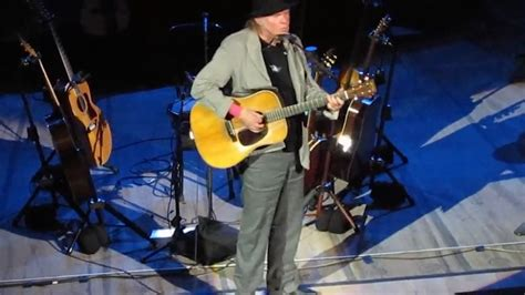 neil young fan page watch fan sourced video of neil young s entire recent solo