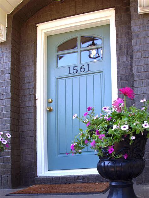 diy front door 10 budget updates and easy cosmetic fixes diy home decor