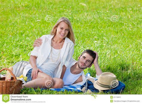 Cauple Senny picnic in royalty free stock photo cartoondealer 21262317