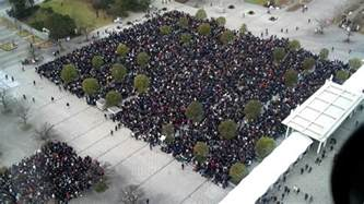 strict crowd limits set for comiket crowd a time lapse in tokyo japan the