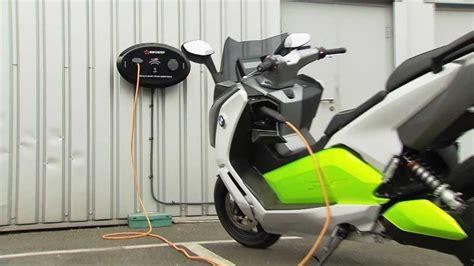 C Evolution Bmw Motorrad by Bmw Motorrad C Evolution Charging Station Youtube
