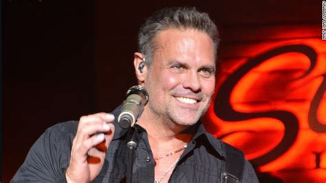 name of male country singer who died april 2016 troy gentry of country duo montgomery gentry killed in