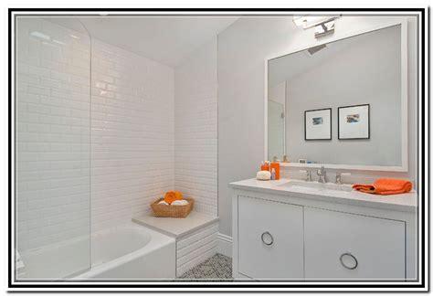 White Subway Tile Bathroom Ideas white subway tile bathroom ideas home design ideas
