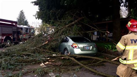 clackamas county section 8 weather alert high winds expected in portland metro on