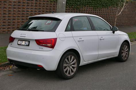 audi a1 4 door file 2014 audi a1 8x my14 1 4 tfsi attraction sportback