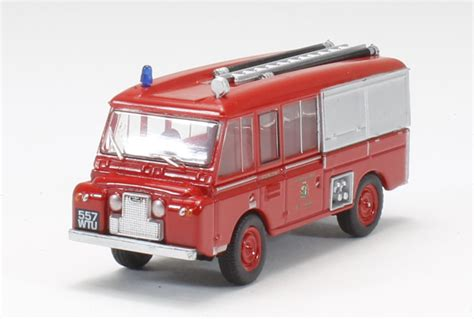 Oxford Land Rover Christmast 2010 hattons co uk oxford diecast 76lrc001 land rover ft6 carmichael quot cheshire county brigade quot