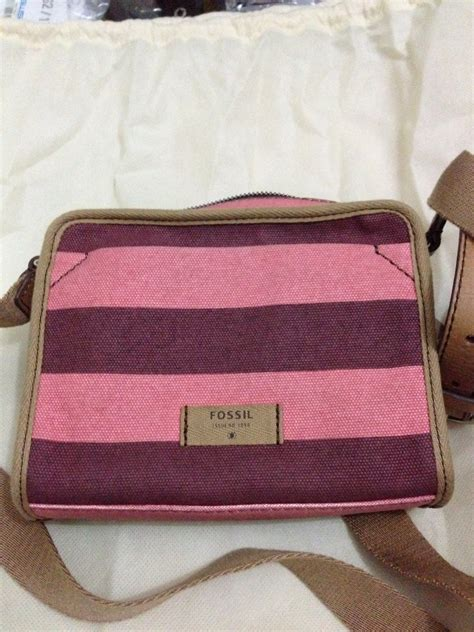 Tas Fossil Original Fossil Backpack Polka Nwt walllet menjual branded things brand new or 99 new
