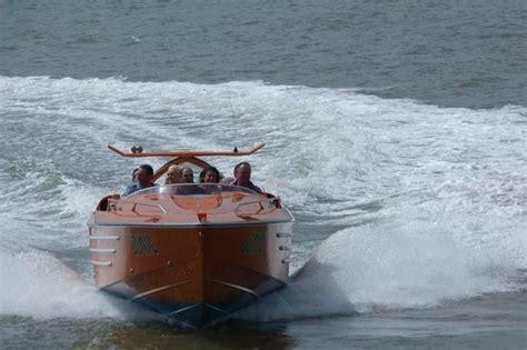 speed boat yorkshire sonic the orange boat