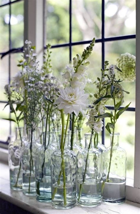 Flowers For Kitchen Windowsill 25 Best Ideas About Kitchen Window Sill On