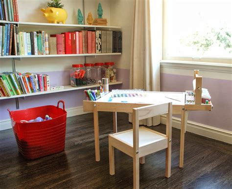 Children S Craft Table by Design Ingenuity Diy Craft Table