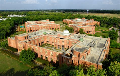 Iim Lucknow Executive Mba by Indian Institute Of Management Iim Lucknow Courses