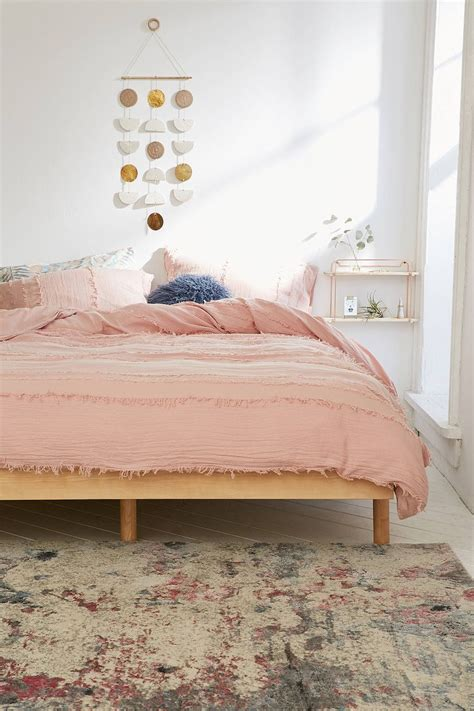 light pink room decor 25 best ideas about light pink bedrooms on