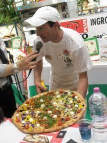 il fiore della pizza macerata pi 249 di 50 pizzaioli per il gran premio della pizza