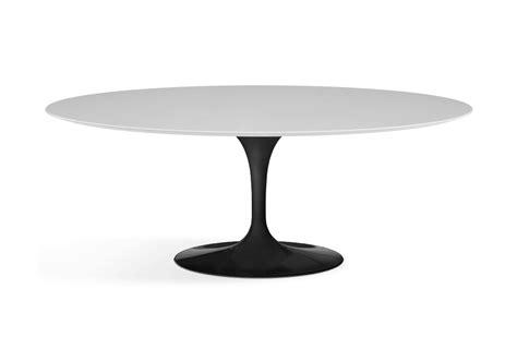 saarinen tisch saarinen oval tisch aus holz knoll milia shop