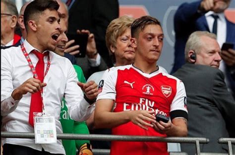 ozil 15 haircut from the side turkish football latest football news transfer rumours