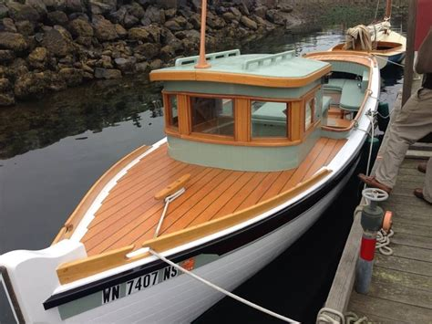 electric boat plans electric sneakbox boat google search boats pinterest