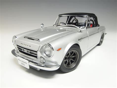 77432 aa77432 datsun fairlady 2000 sr311 silver with removeable soft top rhd scale model