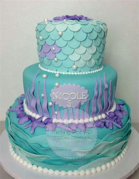 como decorar un pastel de la sirenita ariel m 225 s de 25 ideas incre 237 bles sobre tortas de sirena en