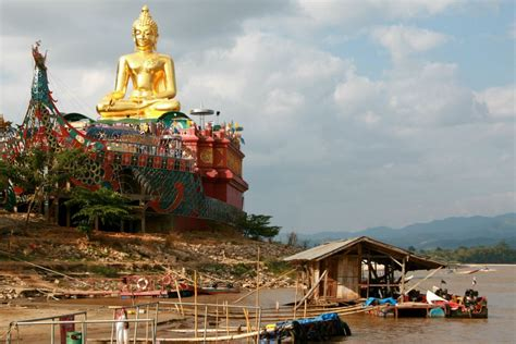 golden buddha  golden triangle  golden triangle