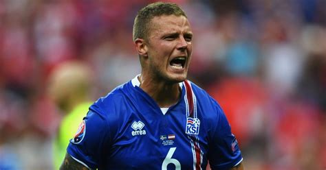 iceland defender ragnar sigurdsson hoping his 2016