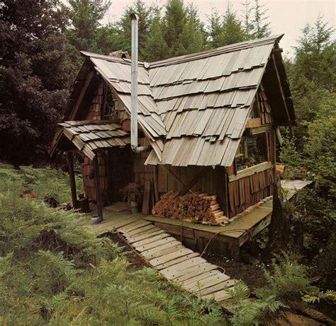 Handmade House - small cabin outdoors