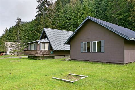 Green River Cabin Rentals by Getaway Chalet Bunkhouse Vacation Rental Cabin