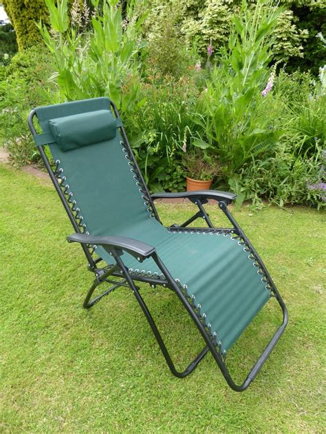 garden reclining sun loungers garden chairs green sun lounger recliner chair
