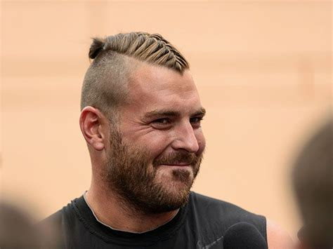 short men viking hair eagles todd herreman vikings haircut jpg 660 215 495 pixels
