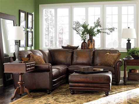 Bassett Living Room Furniture by Hamilton L Shaped Sectional By Bassett Furniture