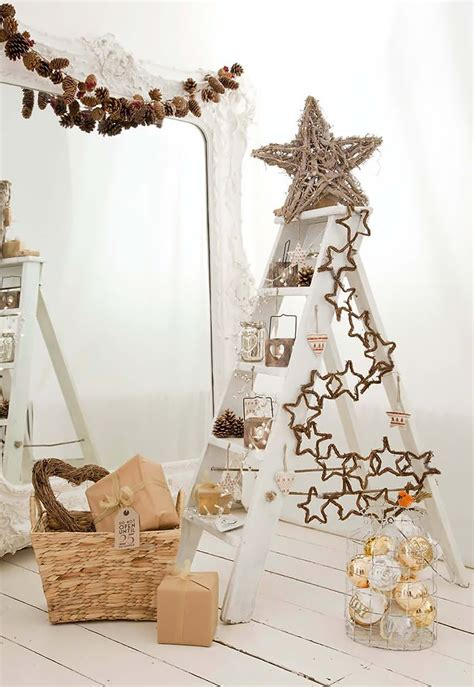 Ladder Decoration Ideas by 20 Creative Ladder Ideas For Home Decoration