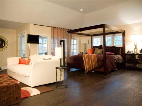 sitting area in master bedroom ideas spacious master bedroom design ideas with sitting area fnw