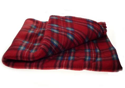 fleece comforter dog puppy checked lap blanket soft polar fleece kitten bed