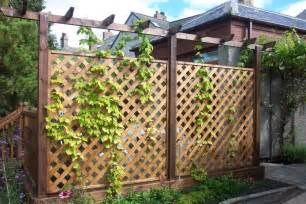the benefit of building a garden fence front yard