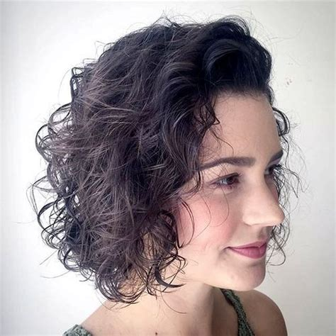 hairstyles chin length wavy hair 50 messy bob hairstyles for your trendy casual looks