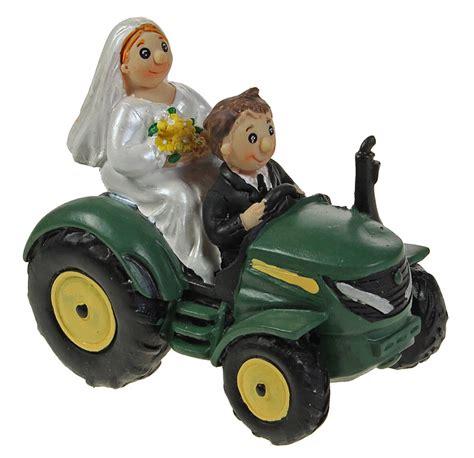 braut traktor hochzeitsfigur brautpaar auf traktor als spardose 11 cm