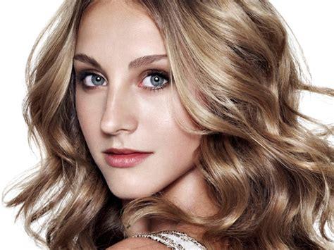 define fashionable celebrities best haircuts for wavy hair hair tohair