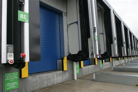 loading bay curtains hss adjust the loading bay for dotcom operations