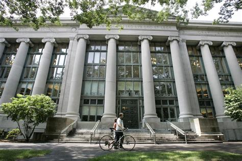 Harvard Mba Cus Visit by Students Help Inmates Win Clemency The Boston Globe