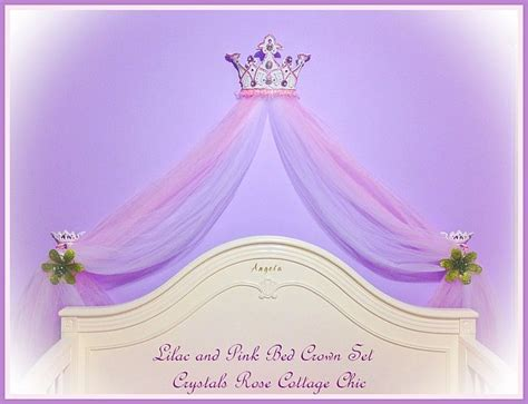 bed crowns www crystalsrosecottagechic com 169 website design by onespringstreet net 2011