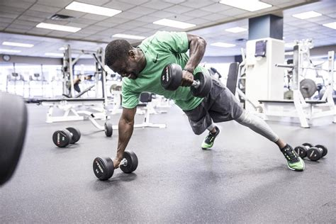 kevin hart gym nike shows off kevin hart s training gear footwear news