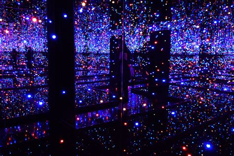 yayoi kusama infinity room yayoi kusama s hallucinatory and hypnotic monumental fireplace chats