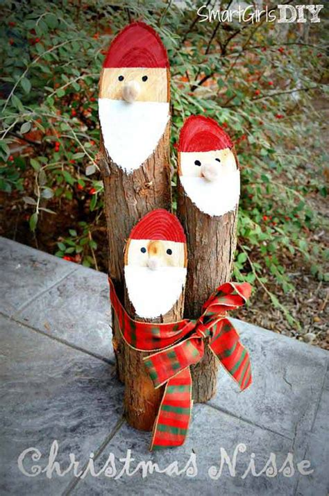 christmas home decor crafts 25 ideas to decorate your home with recycled wood this