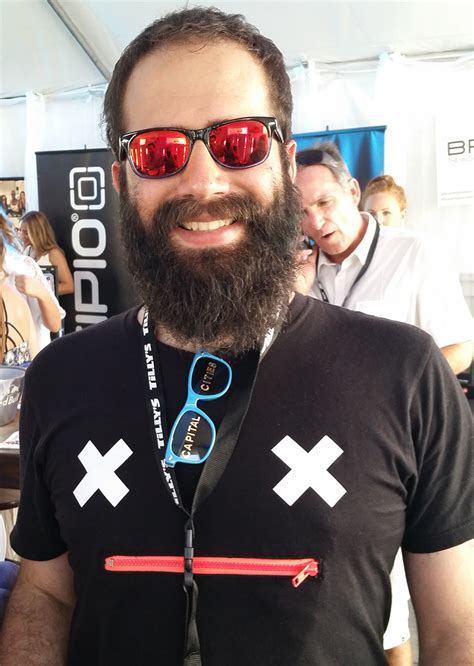 Dan Fink geek eyewear 174 shared the stage with musicians and