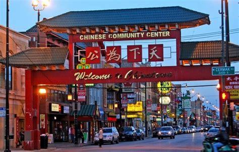menikmati suasana china town bandung  wisata liburan