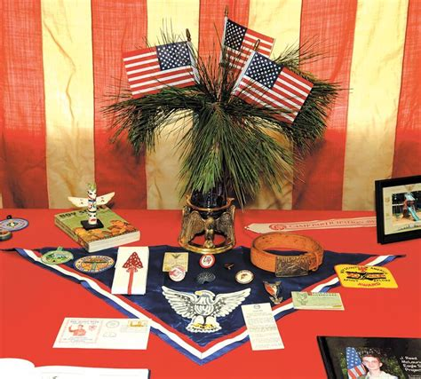 Eagle Scout Ceremony Decoration Ideas by Eagle Scouts Use An Neckerchief On A Table