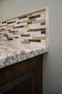 backsplash with pencil tile border kitchen ideas